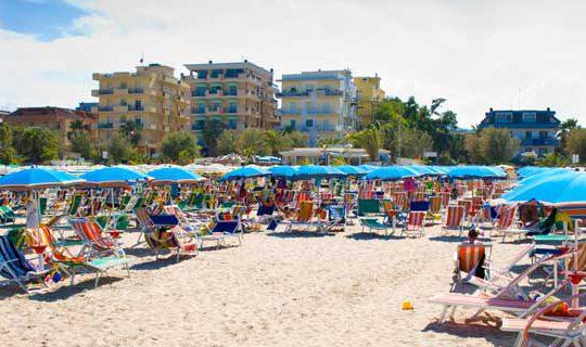slide3-spiaggia-hotel san benedetto del tronto