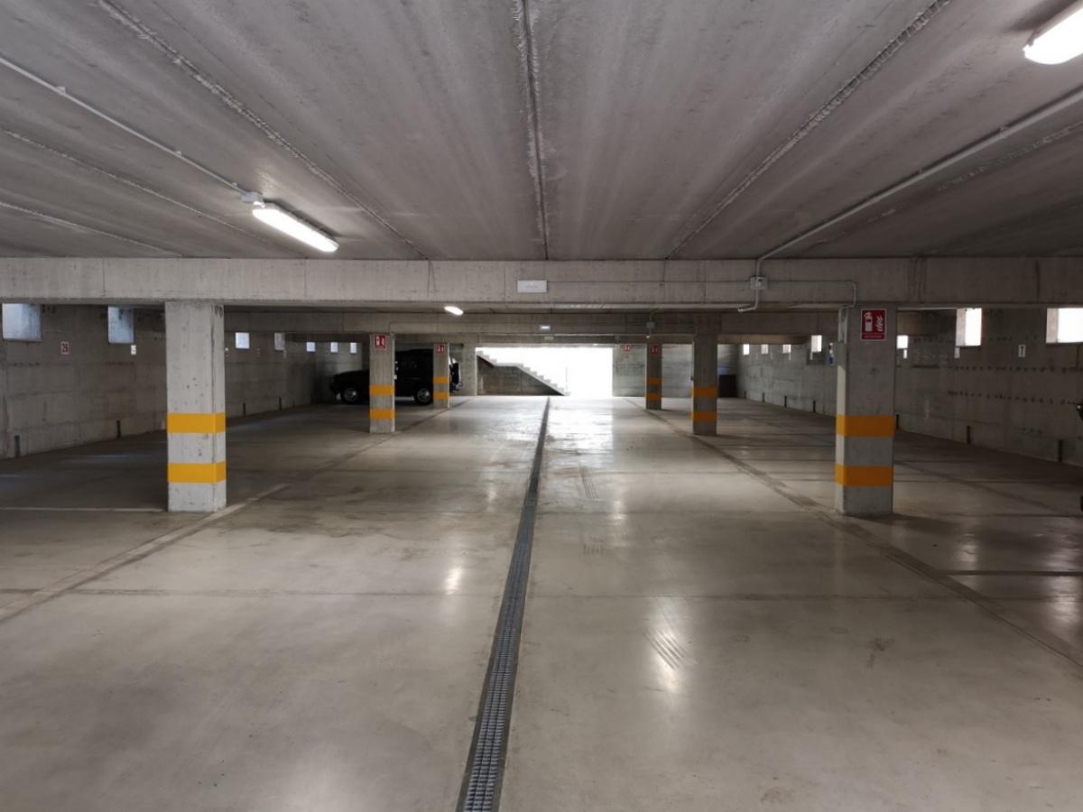parcheggio hotel san benedetto del tronto Doria 02